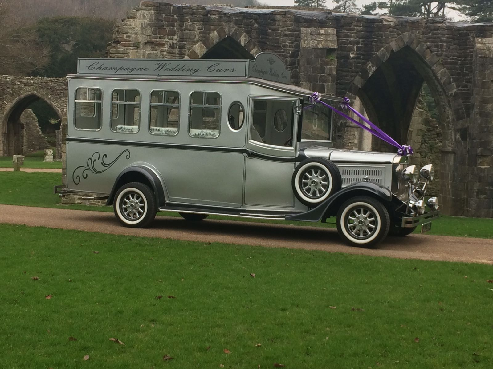 Maurice Wedding Car Side View