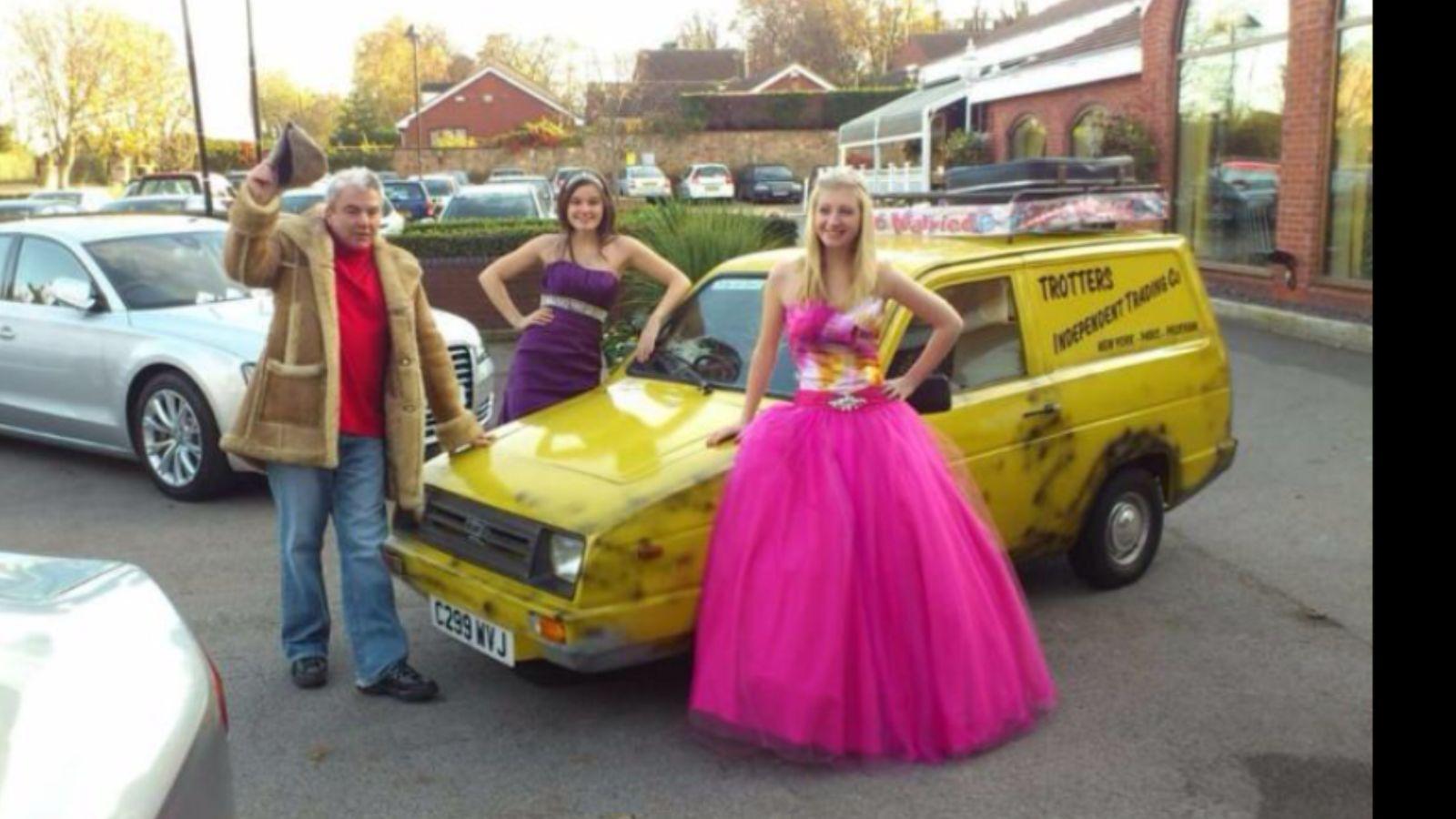 Reliant Robin Wedding Car Hire