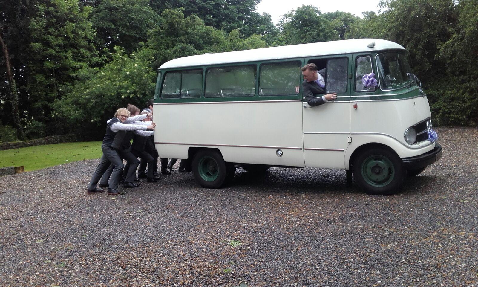 Betsy Ushers Wedding Car Hire