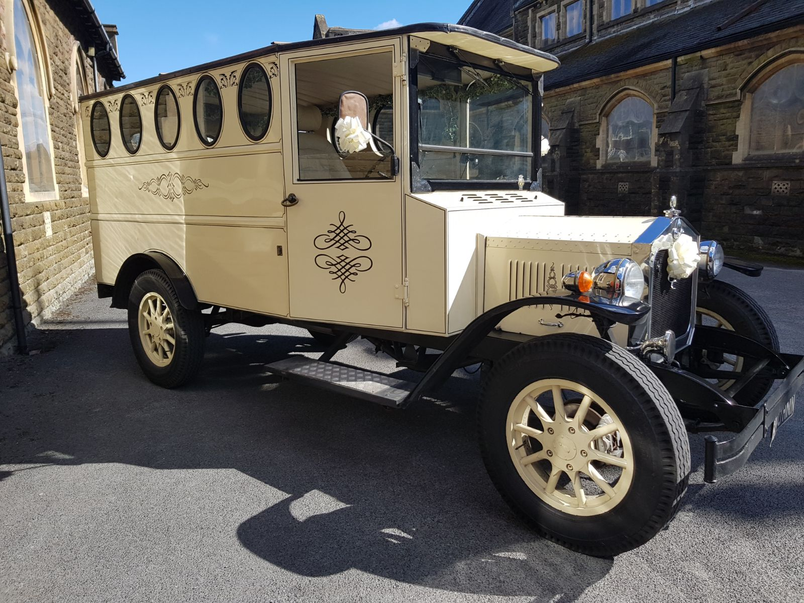 Clyde Wedding Car