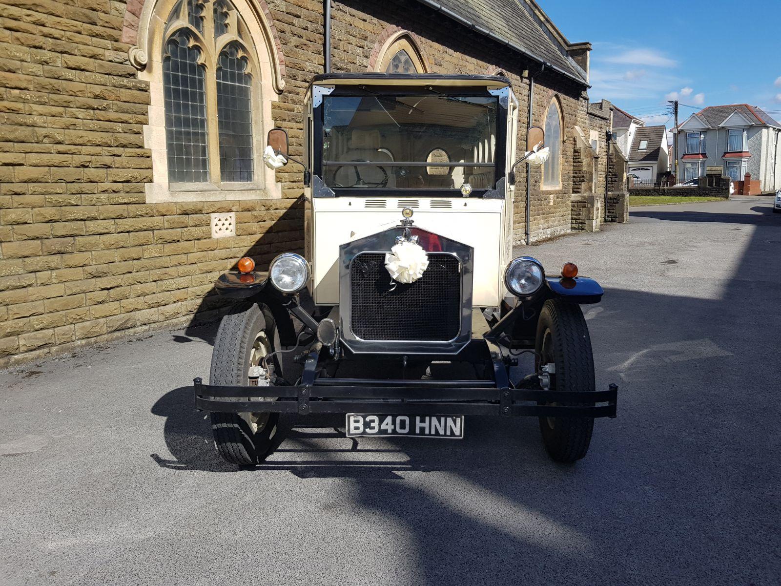 Clyde Wedding Car